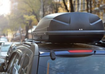 Fahren mit einer Dachbox: Fahrverhalten & maximale Geschwindigkeit